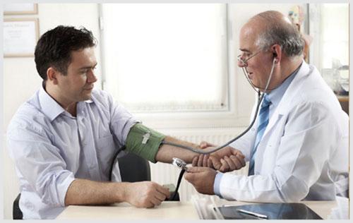 Bệnh nứt kẽ hậu môn cần được thăm khám và hỗ trợ điều trị kịp thời