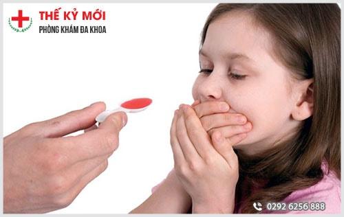 Điều trị nứt kẽ hậu môn ở trẻ nhỏ