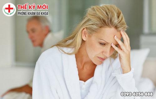 Biểu hiện trĩ nội ngứa rát hậu môn